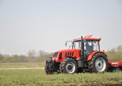 Nadkola do traktorów.
